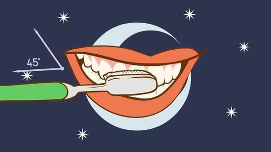 نحوه ی صحیح مسواک زدن دندان ها