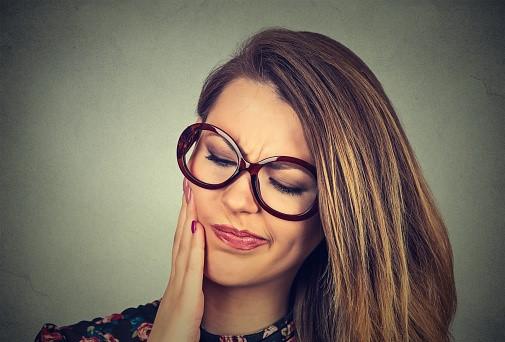 مشکلات پس از کشیدن دندان عقل